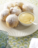 Warm Brioche and Lemon Curd